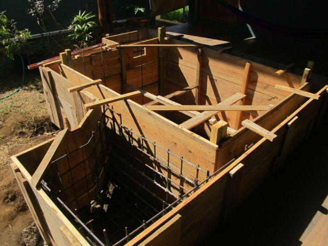 pool construct
