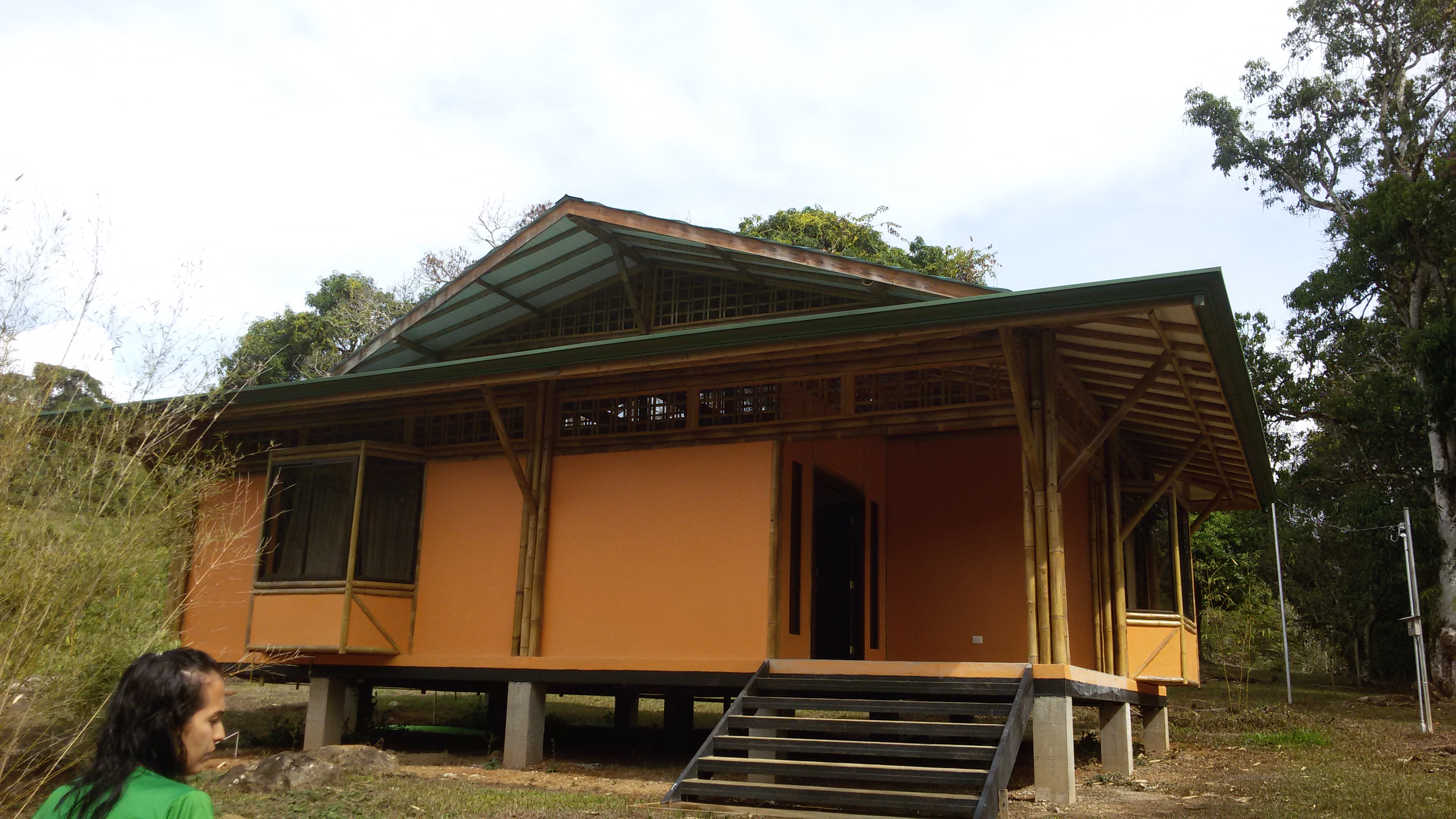 Green building in the tropics- thermal m | hip-E habitat on